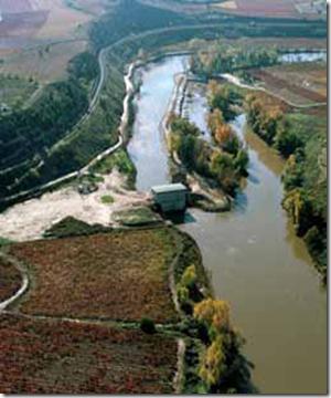 Central Hidroeléctrica El Barco / La Rioja, España / 2004