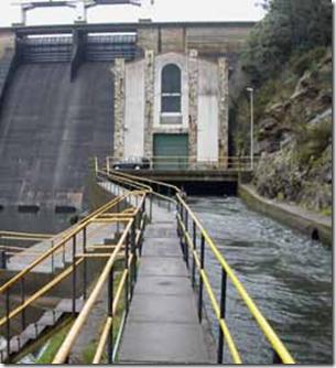 Central Hidroeléctrica Tambre III / La Coruña, España / 2002