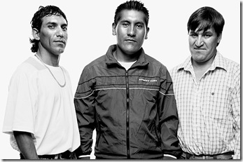 De izquierda a derecha, Claudio Yañaez, Carlos Mamani, Osman Avaya