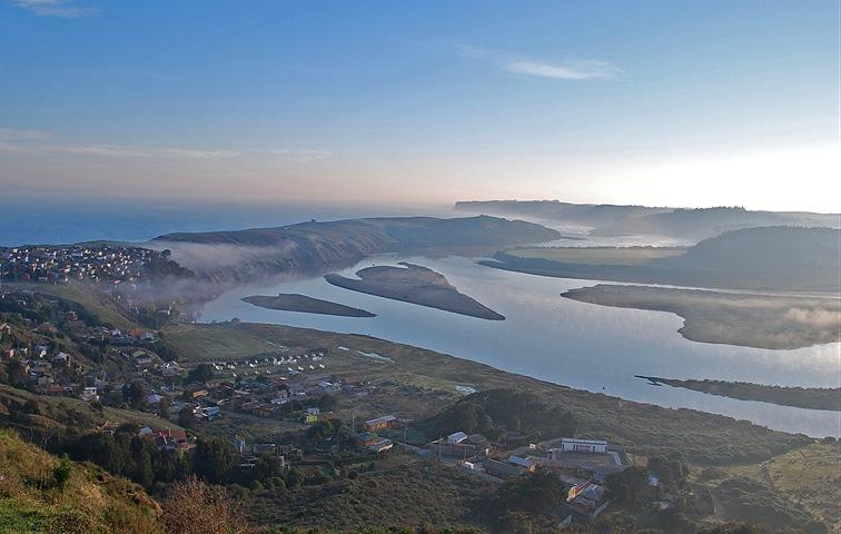 Foto (C) Salvador Pérez 2012 / Desembocadura río Rapel